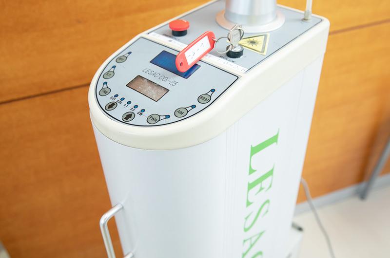 炭酸ガスレーザー(LESAC CO2-25)